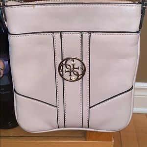 Guess crossbody blush colour